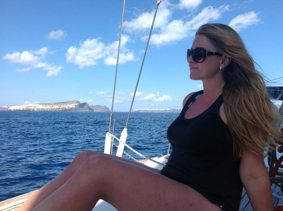 Sunshine, Sailing & Yoga in Santorini, Greece
